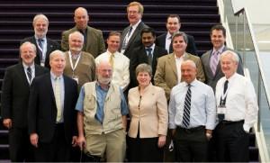 Une partie du conseil d'administration de l'OGC où se côtoient universitaires, directeurs d'institutions et d'entreprises au cœur de la géomatique.