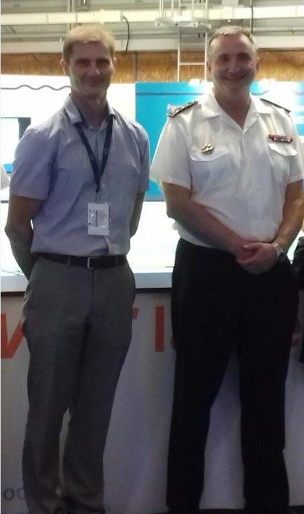 Laurent Kerléguer, aux côtés du vice-amiral d'escadre  Jean-Louis Lozier, préfet maritime de l'Atlantique lors du salon La Mer XXL à Nantes le 29 juin 2019.
